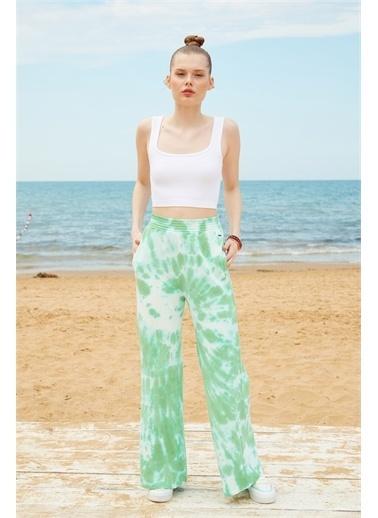 Latin Quarter Batik Desenli Geniş Paça Yüksek Bel Pantolon Yeşil